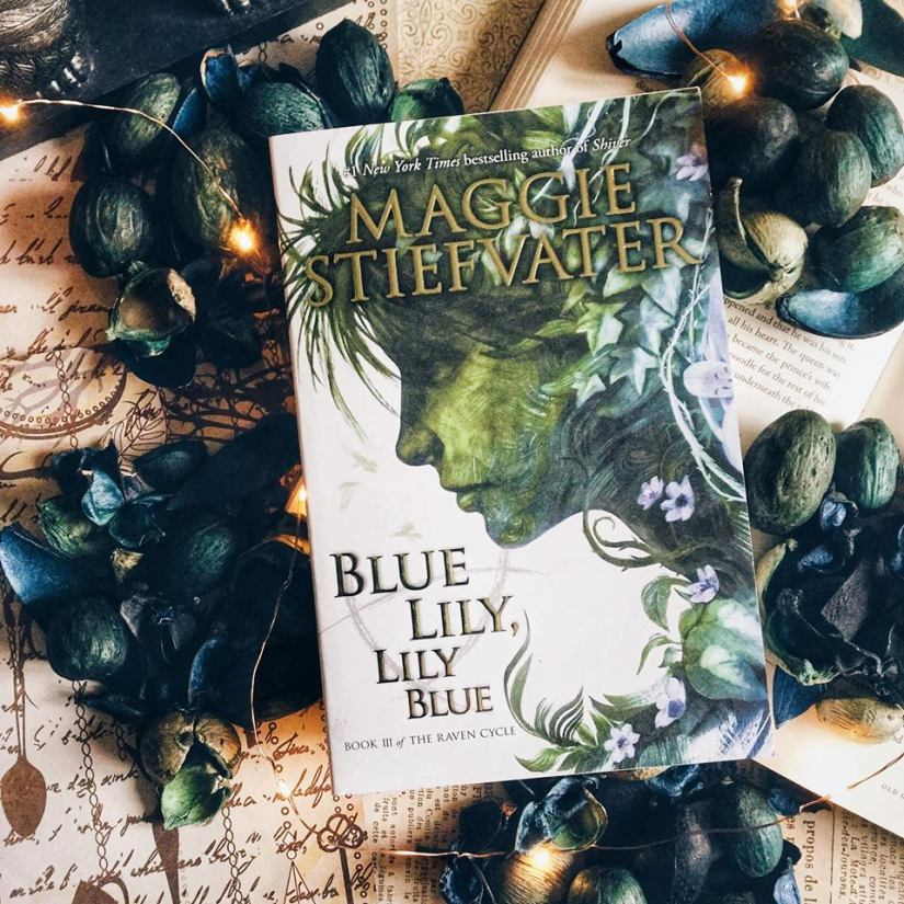 Book Review: Blue Lily, Lily Blue by Maggie Stiefvater